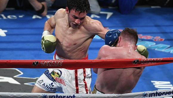 Julio César Chavez Jr. enfrentando a Canelo Alvarez en el 2017. (Foto: Getty Images)