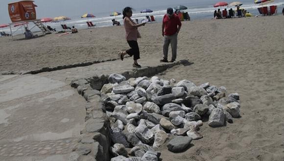 Turistas acusaron actos discriminatorios en playa trujillana. (La Industria)