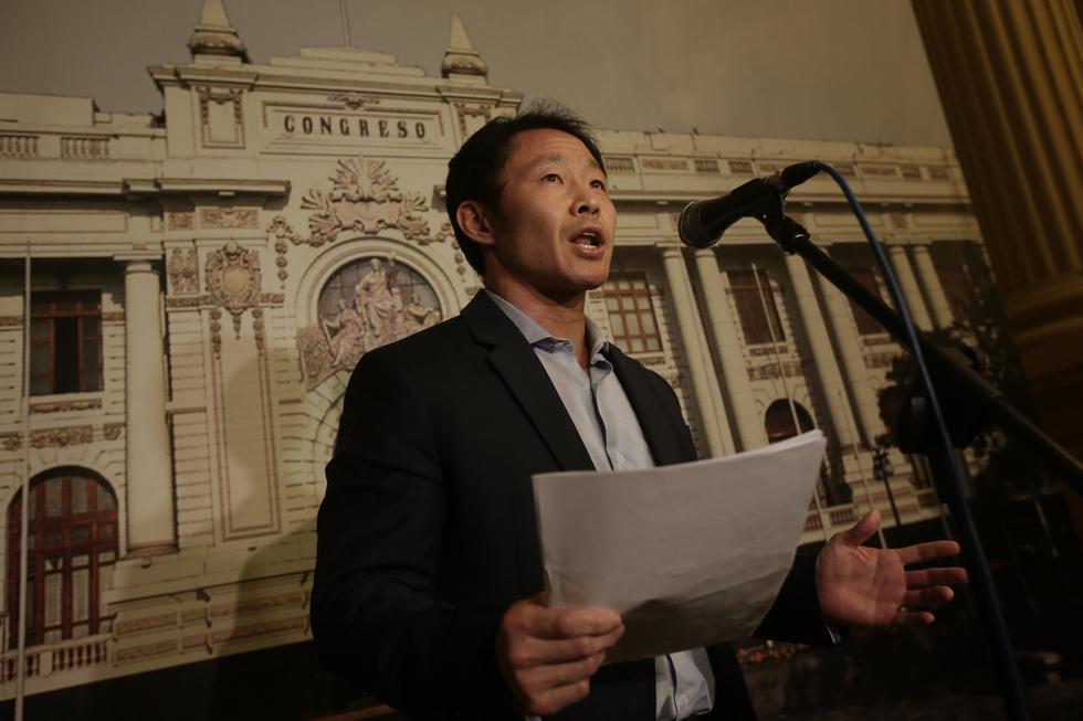 Julio Rosas, congresista no agrupado, presentó hoy una carta al Ministerio Público para que de oficio inicie investigaciones a congresistas involucrados en 'Kenjivideos'. (USI)