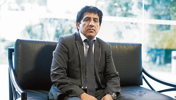 """Richard Concepción Carhuancho: """"No hay lentitud (en la extradición de Alejandro Toledo). Ahora la pelota está en la cancha de la Fiscalía, pero pronto estará en la mía"""". (Perú21)"""
