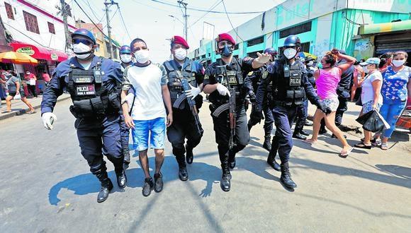 Cuatrocientos efectivos policiales han fallecido por causa del COVID-19 (GEC).