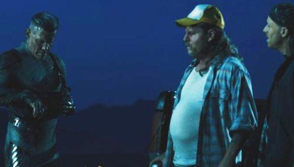 Esta es la escena en la que aparece Damon vistiendo una camisa y una pronunciada barriga. (Foto: Captura de video)