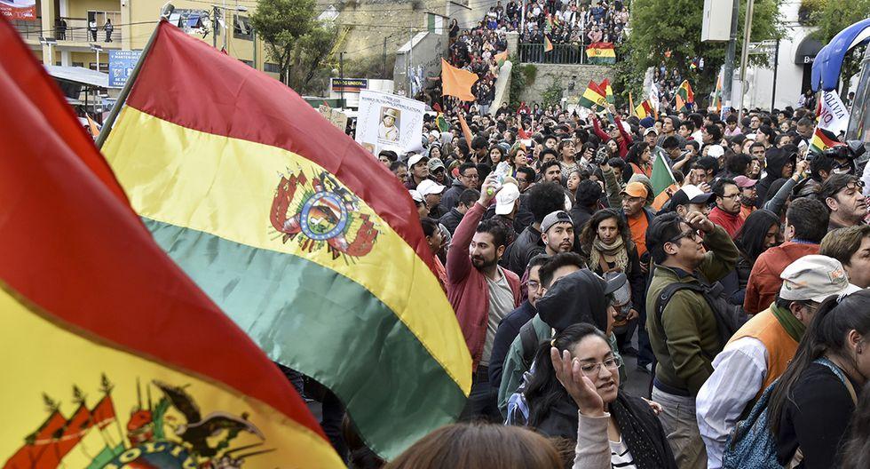 Convocan a un gran paro general en Bolivia ante sospechas de fraude en las elecciones presidenciales. (Foto: AFP)