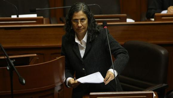 El aislado respaldo de la bancada oficialista no impidió la arremetida de la oposición contra Patricia Salas. (Martín Pauca)