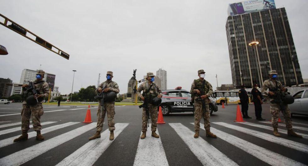 Los policías y militares continuarán patrullando en calles durante la ampliación de la cuarentena. (Foto: Cesar Grados / GEC)