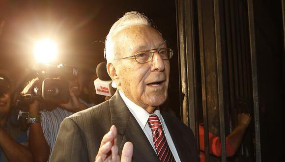 El líder histórico del PPC, Luis Bedoya Reyes, hizo un llamado a votar por el candidato de su partido, Alberto Beingolea. (Foto: USI)