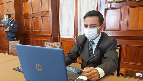 El presidente de la Comisión de Ética pidió reconsiderar su voto. (Facebook: César Gonzales)