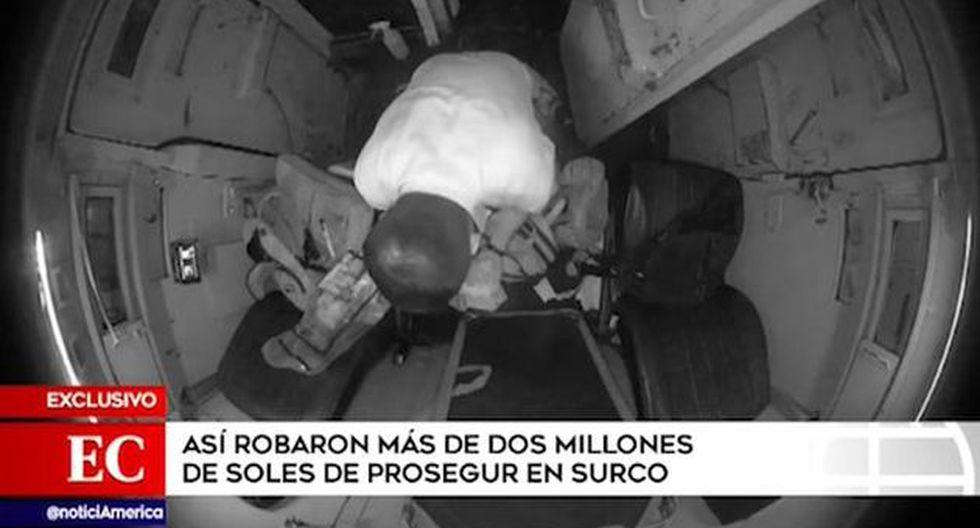 Nuevas imágenes captadas por cámaras de seguridad muestran cuando Lionel Saavedra Pari, aparece manipulando dinero al interior del camión de caudales de Prosegur. (Captura. América Noticias)
