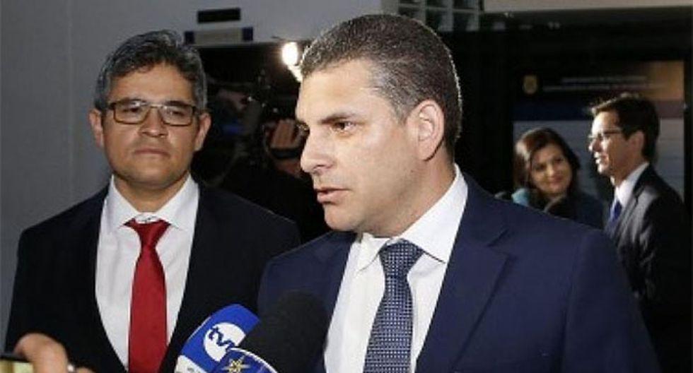 Rafael Vela y José Domingo Pérez brindaron una conferencia de prensa luego de ser removidos por el fiscal de la Nación, Pedro Chávarry. (Foto: GEC)
