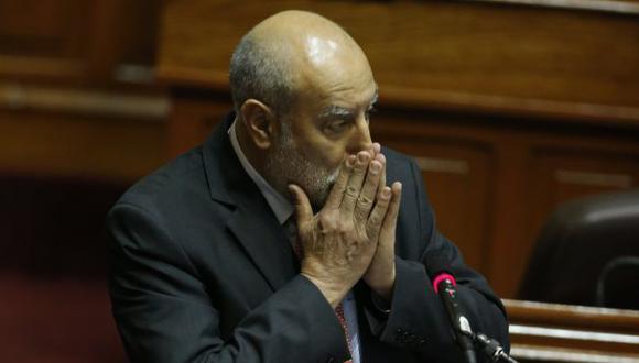Cuenta regresiva. El ministro tendrá que volver al Legislativo. (Martín Pauca)
