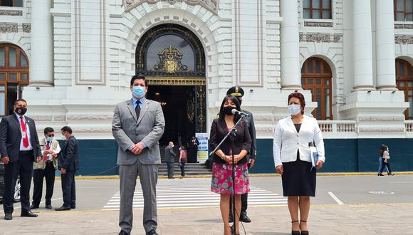 Mirtha Vásquez recibió un oficio del sindicato de trabajadores pidiendo aplicar medidas contra el COVID-19. (Foto: Congreso)
