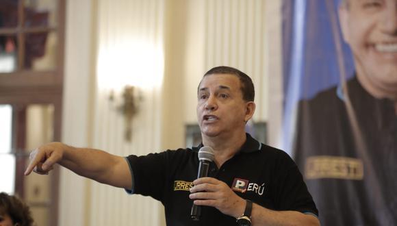 Daniel Urresti fue interrogado esta mañana por el presunto homicidio del periodista Hugo Bustíos (GEC).