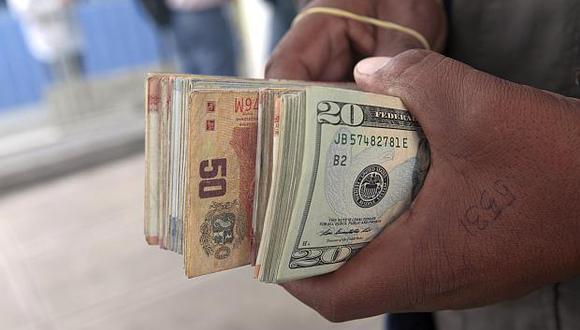 El dólar acumula una depreciación de 1.01% en lo que va del año. (Foto: GEC)