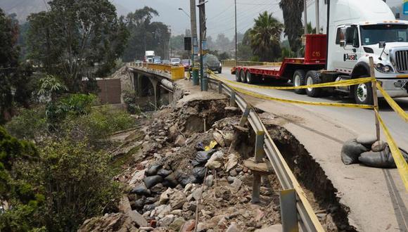 Diversos sectores de Chaclacayo y Chosica quedaron afectados tras la caída de huaico, debido a la activación de varias quebradas por la caída de intensas lluvias. (Foto: Twitter /Ministro de Vivienda)