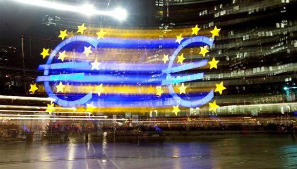 MÁS RÍGIDOS. Naciones europeas pagarán 0.1% de su PBI. (Bloomberg)