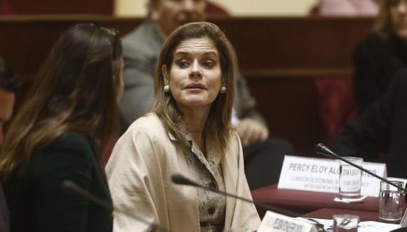 Mercedes Aráoz responde a congresista Vilcatoma que pidió vacancia presidencial.