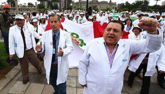 Federación Médica Peruana aún no decide levantar la huelga. (Rafael Cornejo)