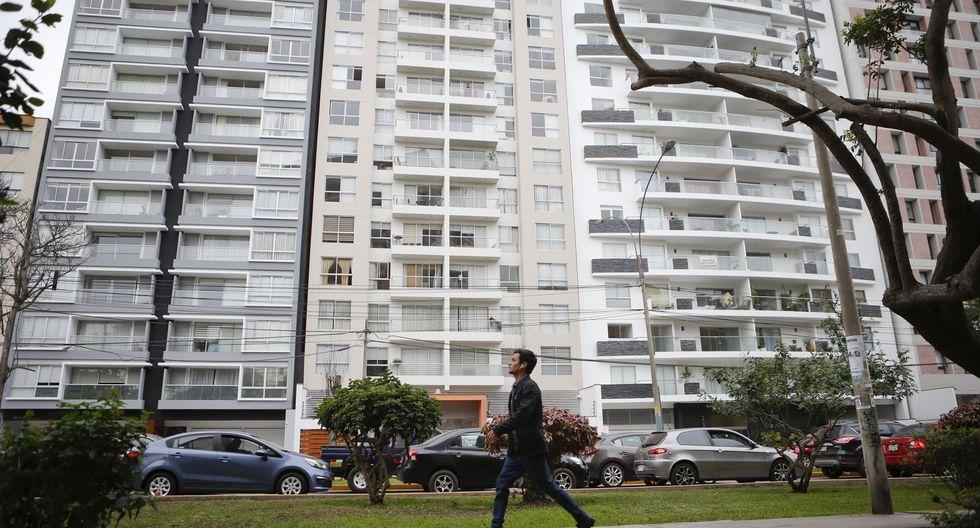 Mercado. La venta de viviendas podría llegar hasta las 17 mil unidades este año, según Bragagnini. Foto: GEC
