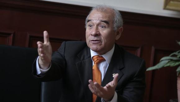 Legislador Gustavo Rondón dijo que el spot de Nano Guerra García no es ofensivo. (Perú21)