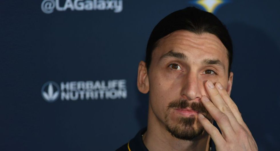 Zlatan Ibrahimovic no jugará el Mundial de Rusia 2018. (AFP)