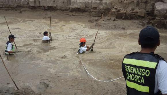 Las búsquedas se centran en la ribera y el cauce del río. (Andina)