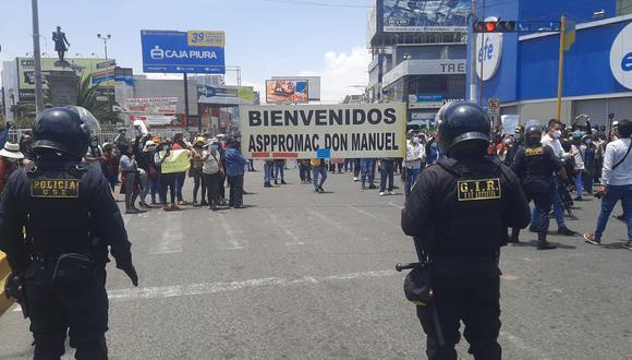Comerciantes de Arequipa realizan plantones por segundo día consecutivo en contra de la cuarentena (Foto: Omar Cruz / GEC)