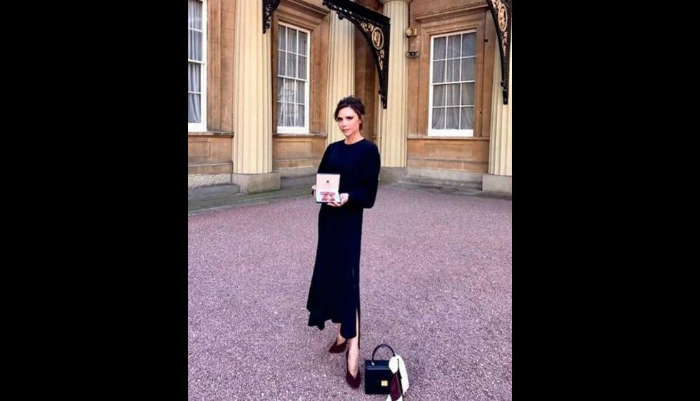 Victoria Beckham condecorada con OBE. (Foto: Reuters)