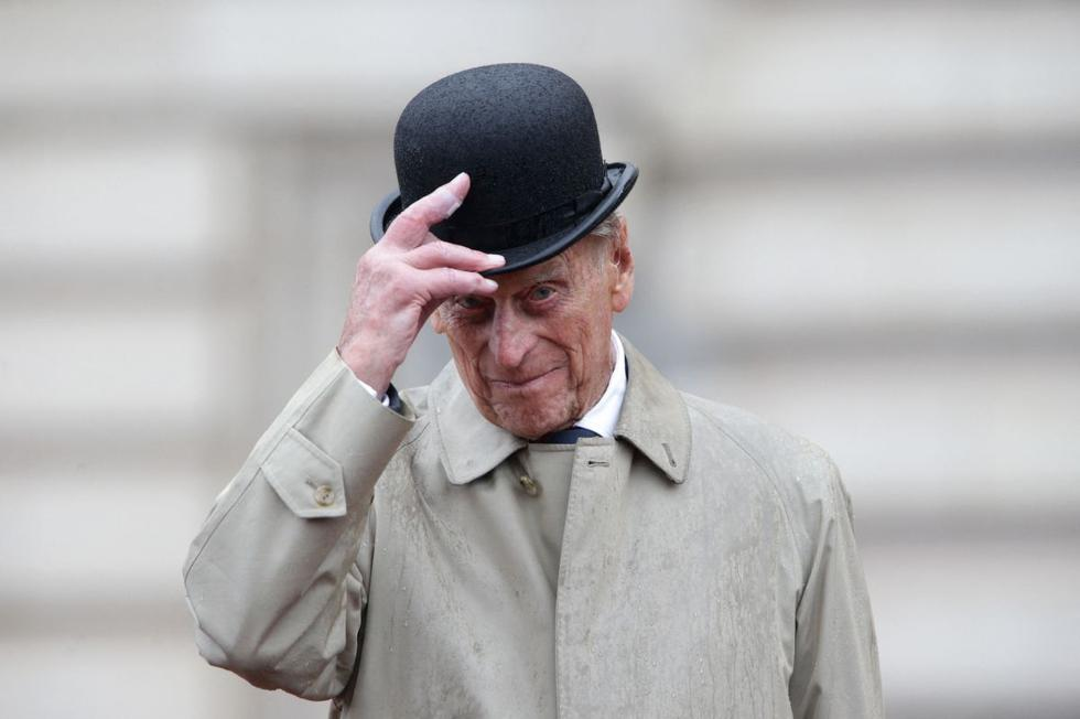 Las casas reales y los principales dirigentes del mundo se unieron este viernes en un homenaje unánime al príncipe Felipe, duque de Edimburgo y esposo durante casi siete décadas de la reina Isabel II, fallecido a los 99 años. (Texto y foto: AFP).