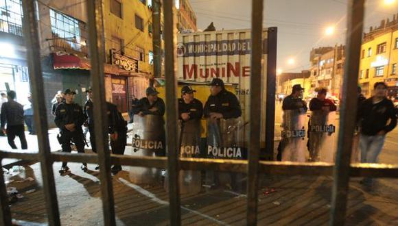 Más de cinco mil policías permanecen en la zona. (Alberto Orbegoso)
