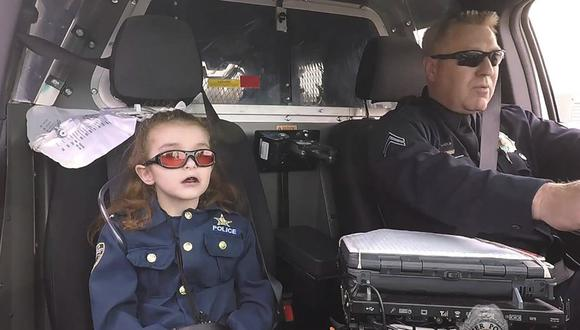 Paseó a su hija por los medios de comunicación porque se estaba muriendo, ahora está acusada de asesinarla. (Facebook)
