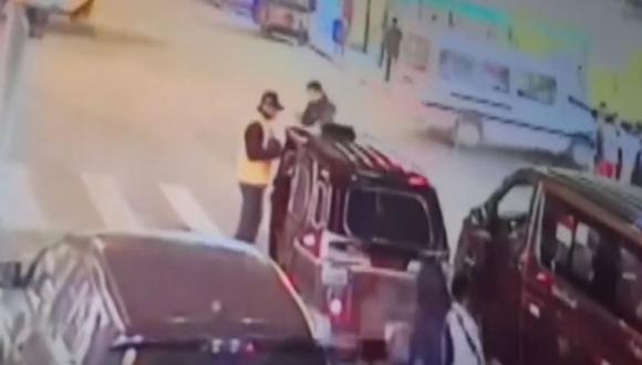 El mototaxista huyó tras atropellar al inspector. (Foto: IGP)
