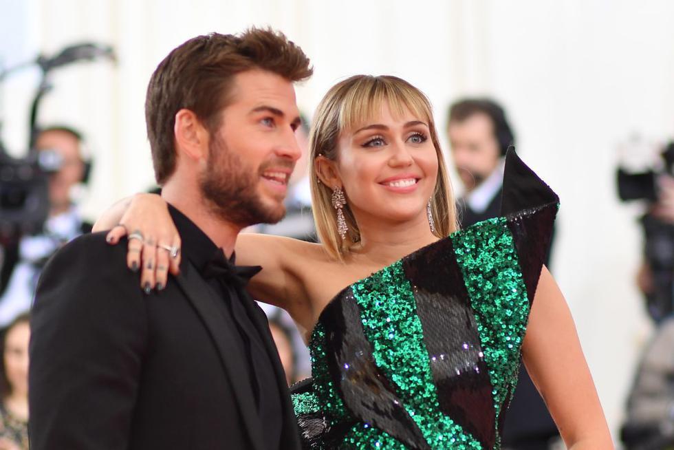 Cada vez que habla de Liam Hemsworth se vuelve noticia. Esta vez la cantante Miley Cyrus compartió las razones que tuvo para casarse con el actor australiano y luego divorciarse a los pocos meses. En un episodio de 'The Howard Stern Show', explicó lo que originó que su relación de más de una década pasara al matrimonio.