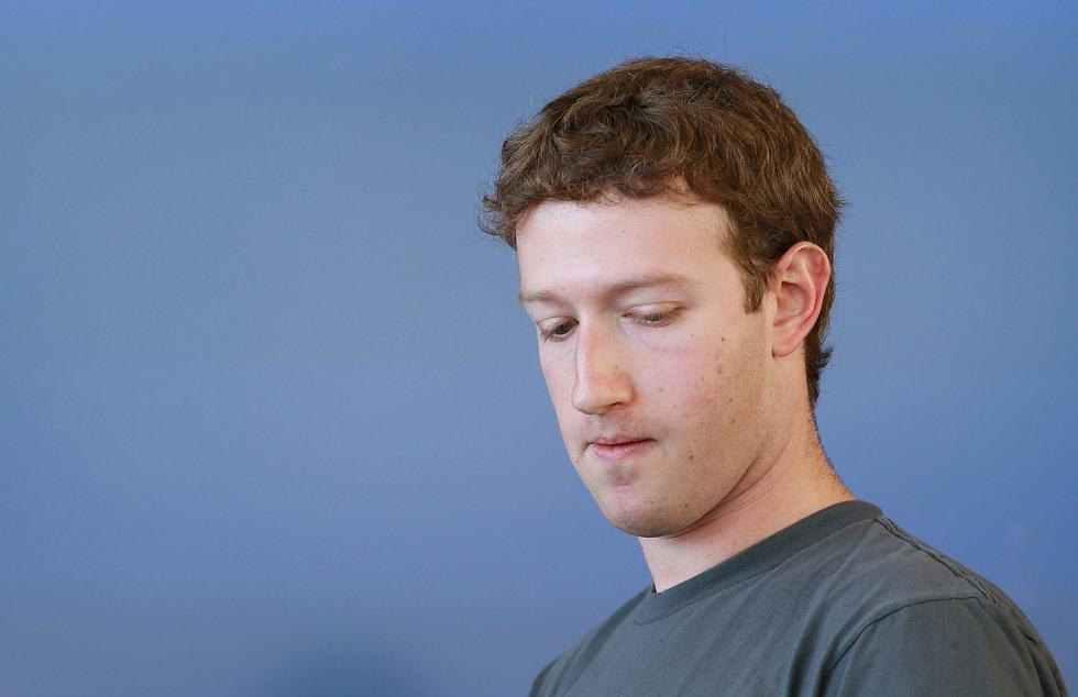 Mark Zuckerberg es creador y dueño mayoritario de Facebook. (AFP)