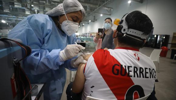Minsa afirma que vacunas contratadas garantizan la inmunización de toda la población a fin de año, y en la última fase se incluye a los menores  de 12 a 17 años. (Foto: GEC)
