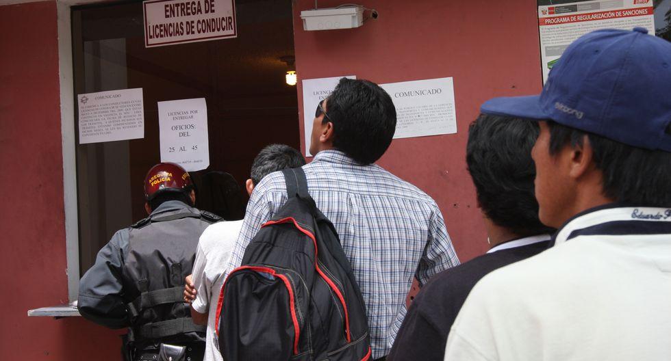 Banda Los Correcaminos del Sur es acusada de cobrar para otorgar brevetes. (Miguel Idme)