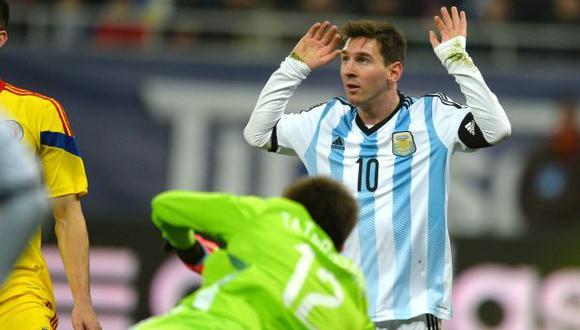 Argentina con un Lionel Messi 'apagado' igualó sin goles con Rumania. (AFP)