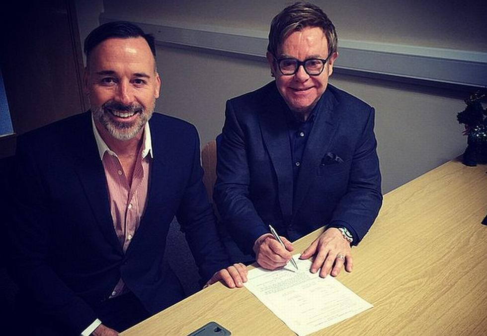 Elton John y David Furnish contrajeron matrimonio. (Instagram @eltonjohn)