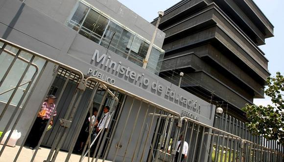 Ministerio de Educación declara la guerra a colegios privados bamba