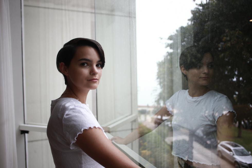 Brianna Hildebrand (Renzo Salazar)