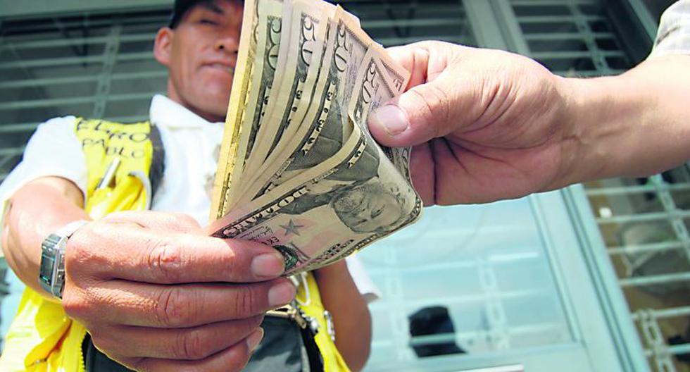 Tipo de cambio baja en medio de repunte global del dólar tras debate presidencial en EE.UU. y casos de coronavirus