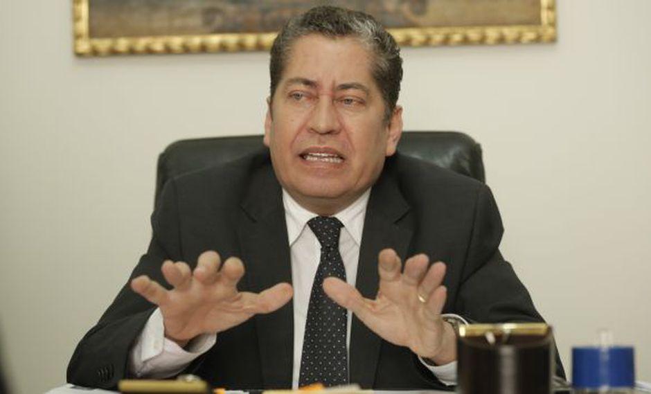 Eloy Espinosa-Saldaña debe recibir la sanción más drástica, según el informe del congresista Segura.