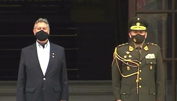 El presidente Francisco Sagasti encabezó la última ceremonia del cambio de guardia. (Captura TV Perú).