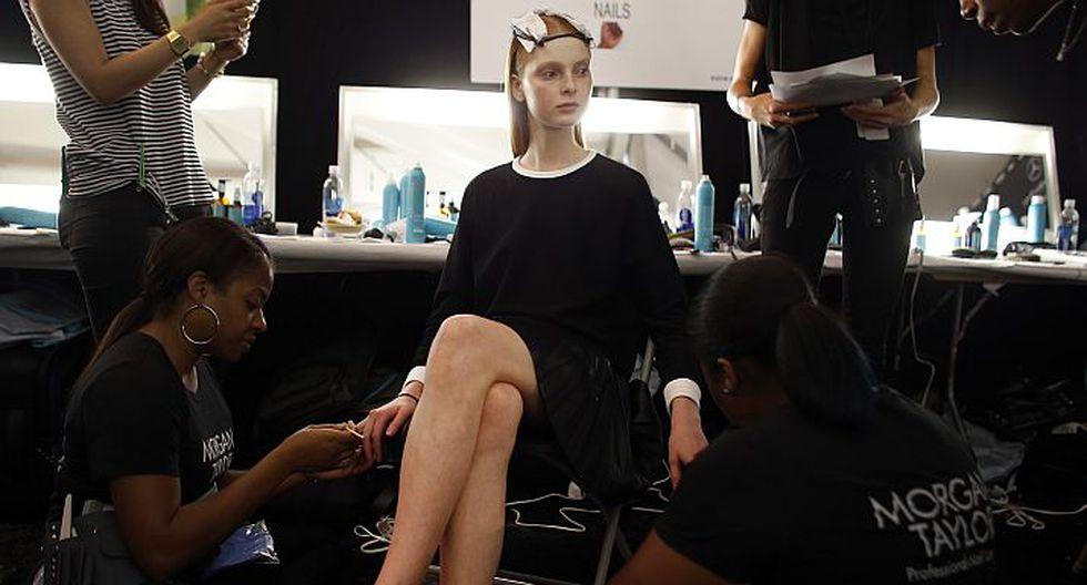 La rusa Dasha Jold (18) cree que lo más difícil del modelaje son las exigencias físicas del trabajo. \'\'A veces tu piel o cabello no se recuperan con unas simples vacaciones\'\', afirma. (AP)