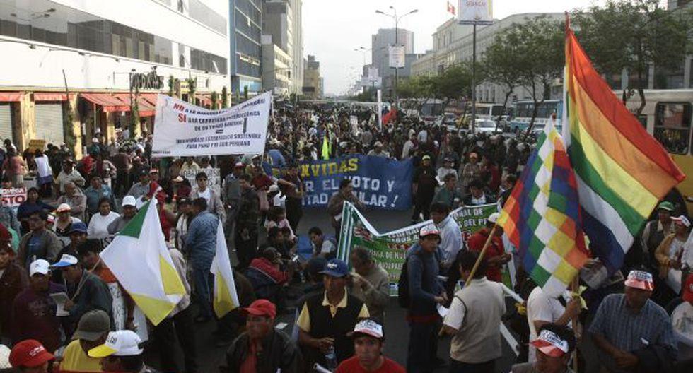 Retraso. Falta de reglamento y procedimiento genera criticas. (Perú21)