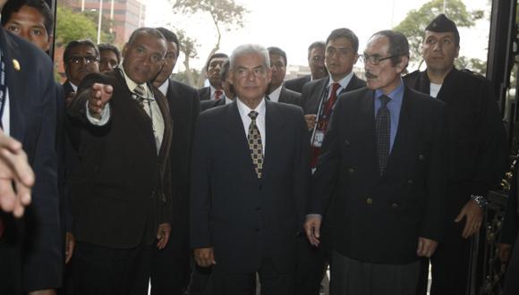 LLEGÓ EL MOMENTO. Premier Villanueva tendrá que demostrar ante el Pleno que tomará decisiones. (Mario Zapata)