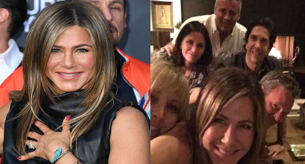 Jennifer Aniston colgó foto con los 'Friends' a su debut en la red social Instagram.