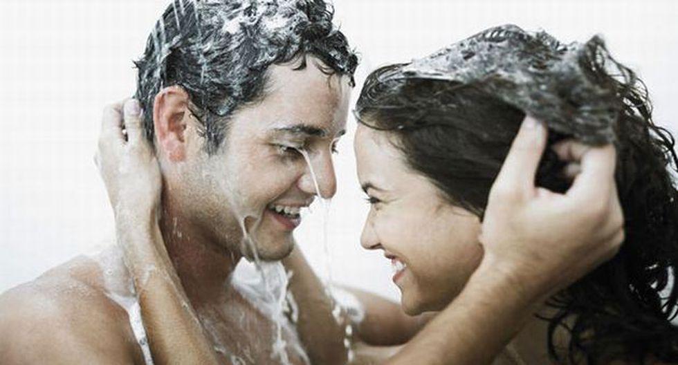 Disfrute un relajante baño junto a su pareja. (Internet)