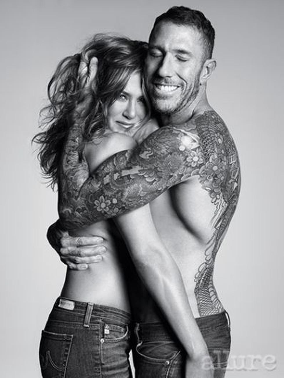 Jennifer Aniston hizo topless para la revista Allure. (Revista Allure)