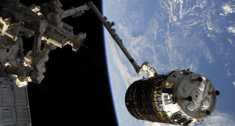 La caminata de hoy es hasta ahora la más larga con trajes espaciales rusos. (EFE)