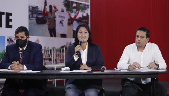 """Defensa de Keiko Fujimori aseguró que solicitud de fiscal Pérez """"carece de toda lógica y asidero""""."""